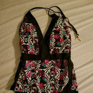 Jessica Simpson swimsuit size L